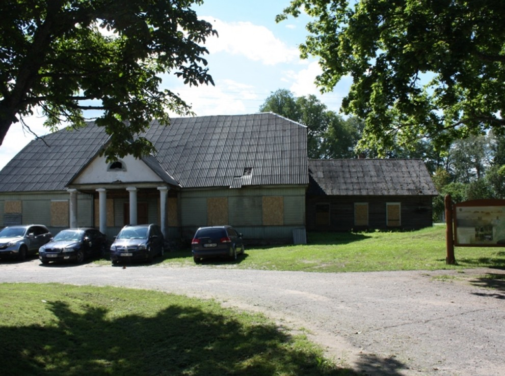 PREMISES FOR CATERING AND SERVICE FACILITIES IN SVENTOS VILLAGE, SVENCIONYS AREA
